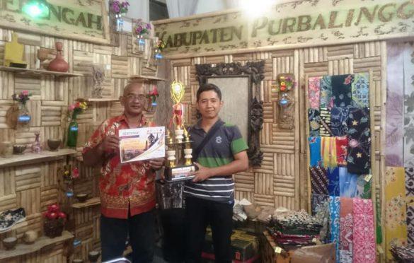 Dinkop UKM Raih Penghargaan Stand Kreatif pada Jateng Fair 2019